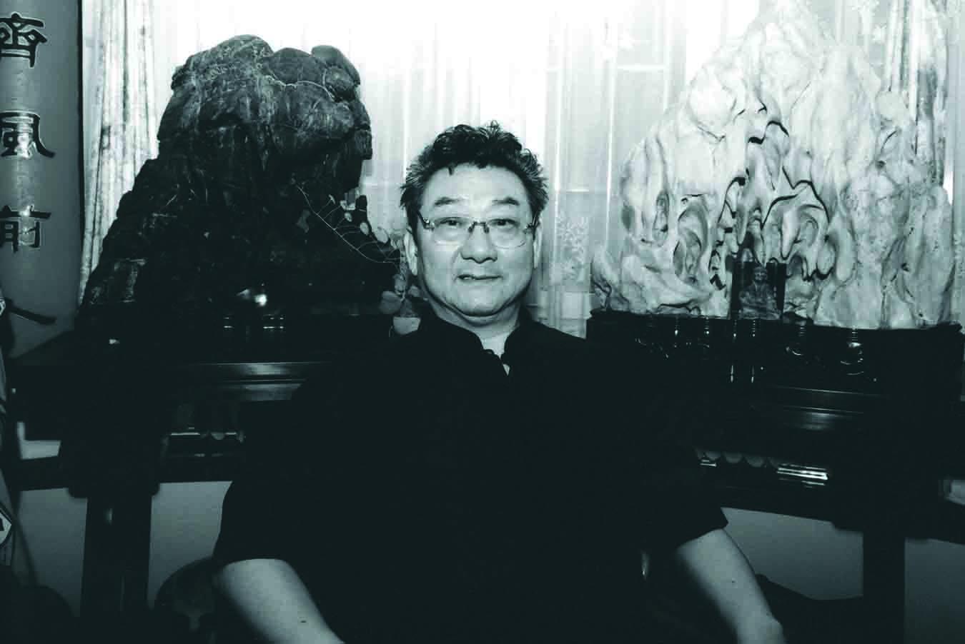 韩天衡  肖像