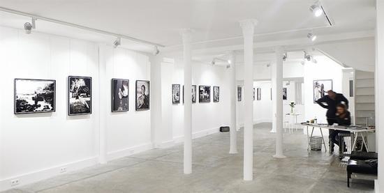 约瑟夫画廊展厅有405平方米,一共有三层