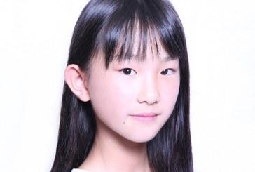 儿童画-  餐厅姐姐(水粉画)-范梓君-国际青少年美术家