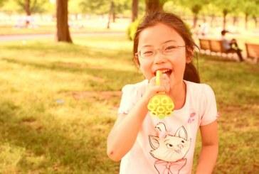 儿童画-水中的螳螂(水粉画)-孙子涵-国际青少年美术家