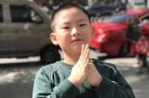 丙烯画-映日荷花-李韦贤-国际青少年美术家
